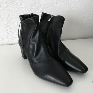 NWT!!  Forever21 Booties